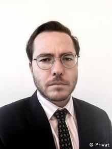 Ο ειδικός σε ζητήματα ΝΑ Ευρώπης Φλόριαν Φαϊεράμπεντ από πολιτικό ίδρυμα KAS