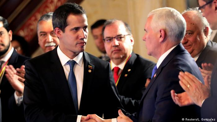Guaido (left) with Pence (right)