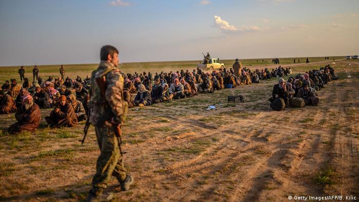 نتيجة بحث الصور عن اسرى داعش لدى الادارة الذاتية