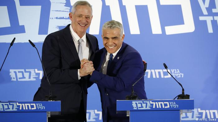 Benny Gantz and Yair Lapid at the launch of their Blue and White alliance