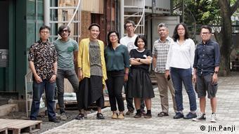 H ομάδα ruangrupa από την Ινδονησία που έχει αναλάβει τη διοργάνωση