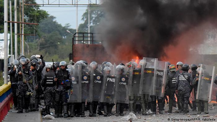 Guaidó cruzó a pie la frontera entre Venezuela y Colombia la semana pasada y Maduro ya ha advertido de que, si regresa, se arriesga a ser detenido por las fuerzas chavistas. (Getty Images/AFP/R. Arboleda)
