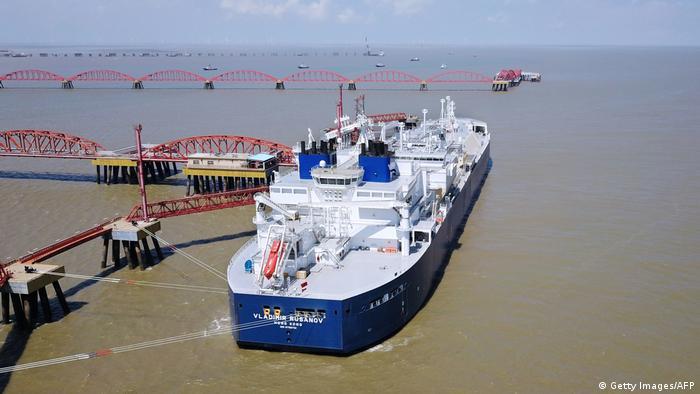 Ruski tanker Vladimir Rusanov s isporukom LNG-a u kineskoj luci Nantong