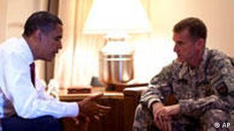 دیدار اوباما و مککریستال، دوم اکتبر در فرودگاه کپنهاک