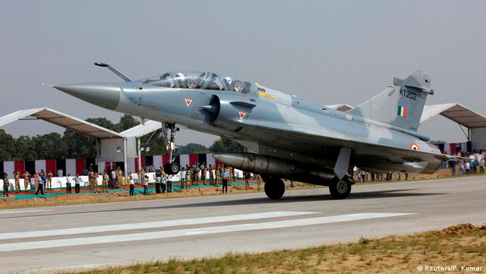 Indien Mirage 2000 Kampfjet in Unnao, Uttar Pradesh (Reuters/P. Kumar)