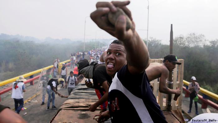 Venezuela Cucuta - Unruhen an der Grenze zwischen Kolumbien und Venezuela (Reuters/M. Bello)