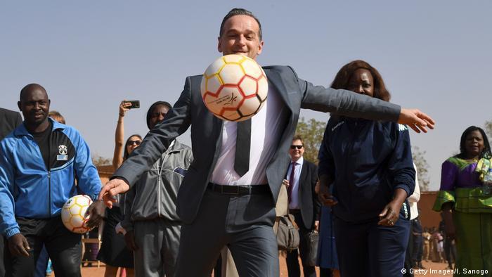 Außenminister Heiko Maas bei einem Besuch in Burkina Faso