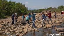 Senadores de EE.UU. piden amparo migratorio para venezolanos