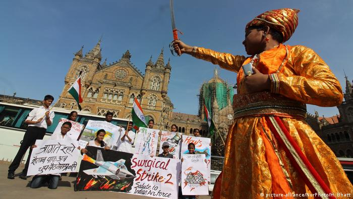 Protesters in Mumbai celebrte India's air strike in pakistan