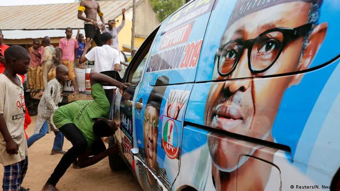 A car bearing the image of Muhammadu Buhari