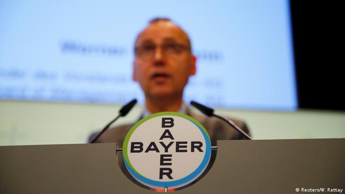 Bayer-Vorstandschef Werner Baumann (Foto: Reuters/W. Rattay)