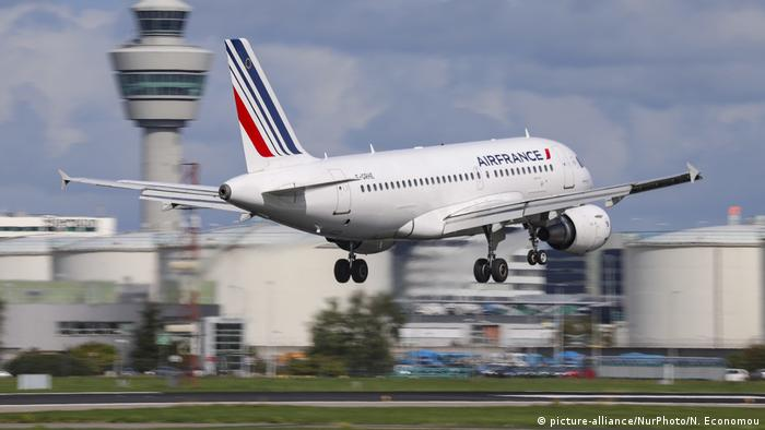 Air France Airbus A319-100 with registration F-GRHE landing at Amsterdam Schiphol International Airport