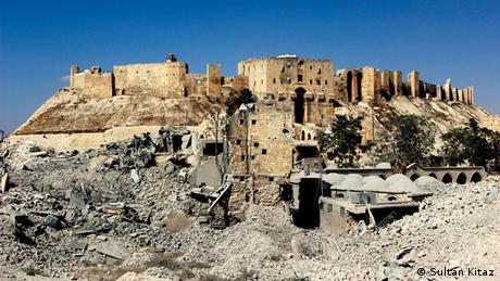 Syrien, Eingang zur Zitadelle von Aleppo (Sultan Kitaz)