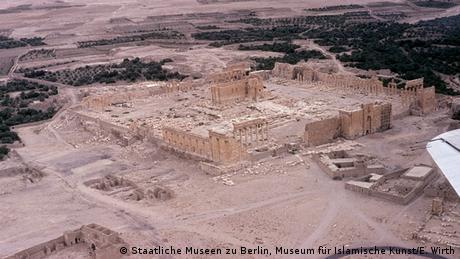 Syrien, der Tempel des Gottes Baal in der Oase von Palmyra, bevor sein Allerheiligstes, die Cella, vom sogenannten Islamischen Staat gesprengt wurde (Staatliche Museen zu Berlin, Museum für Islamische Kunst/E. Wirth)