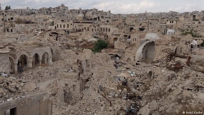 Al-Jdayde district in Aleppo damaged by war (Nabil Kasbo)