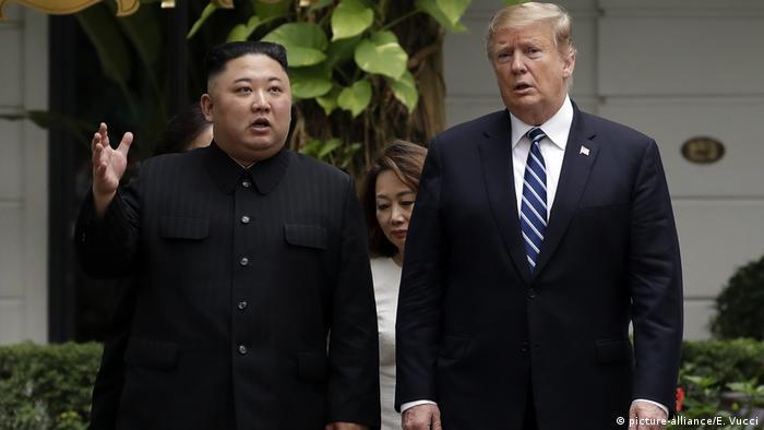 Кім Чен Ин і Дональд Трамп у Ханої