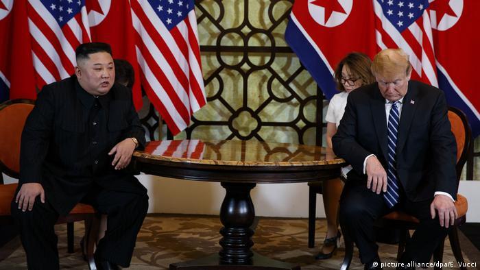 Vietnam l Hanoi, US-Präsident Donald Trump trifft den nordkoreanischen Staatschef Kim Jong Un - Gipfel ohne Einigung beendet (picture alliance/dpa/E. Vucci)
