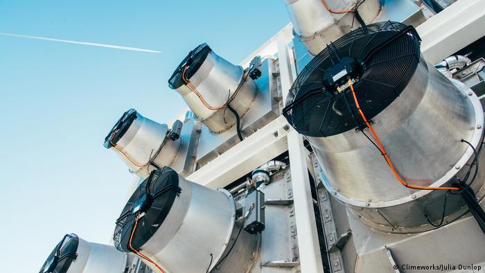 CO2-Abscheide-Anlage der Schweizer Firma Climeworks