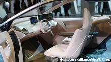 BMW Daimler iNext autonomes Fahren (picture-alliance/dpa/J. Cros)