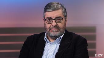 DW Sendung Quadriga Spanisch Günther Maihold