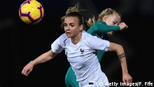 Frauenfußball - Länderspiel: Frankreich vs Deutschland mit Lea Schüller