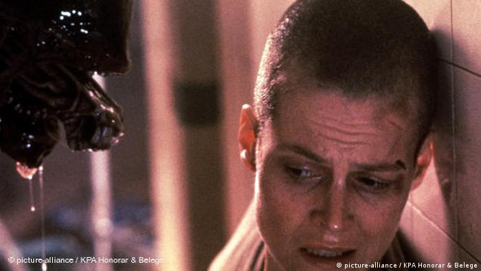 Sigourney Weaver is approached by an alien