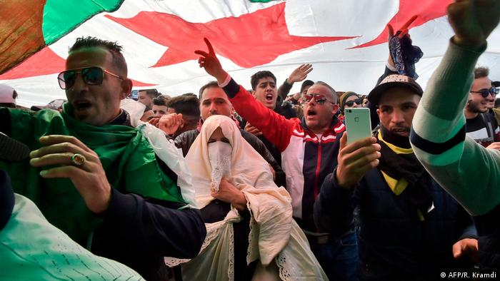 Algeria anti-government protesters