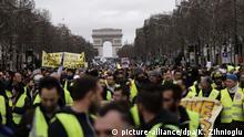 Frankreich Gelbwesten Proteste in Paris