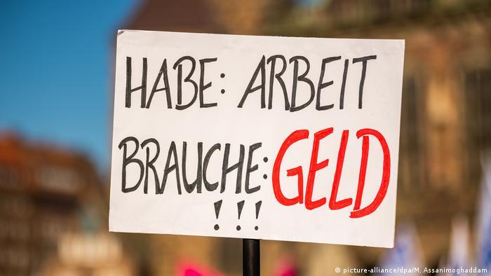 Germany: 1 million teachers, nurses and other state