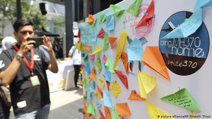 A condolences message board for Malaysian Airline flight MH370