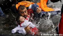Foto von Yannis Behrakis: Syrische Flüchtlinge vor Lebsbos
