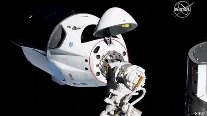 SpaceX Dragon angedockt an der ISS (NASA)