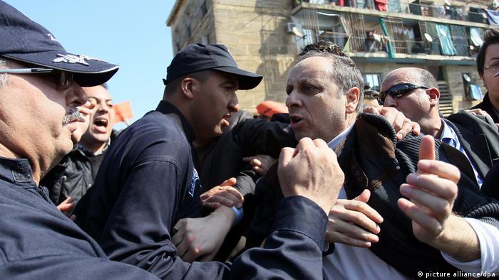 Algerien Protest gegen Abdulaziz Bouteflika (picture alliance/dpa)