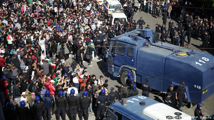 Police riot trucks at Algiers protests