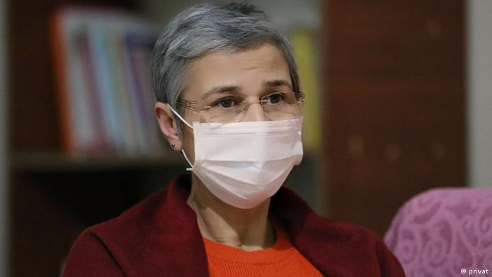 Trotz der U-Haft wurde Leyla Güven im Juni 2018 ins Parlament gewählt