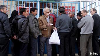 به گفته فاطمه مقیمی، عضو اتاق بازرگانی تهران، تجربه ماههای گذشته در رابطه با بالا رفتن قیمت گوشت نشان داده است که سهمیهبندی ابزار قابل اتکایی نیست