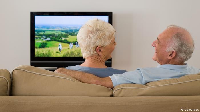 Symbolbild Senioren Fernseher (Colourbox)
