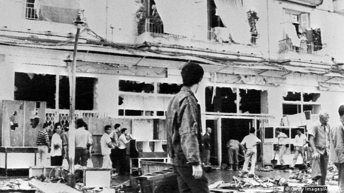 Algerien Algier - Zerstörung nach Protesten 1988