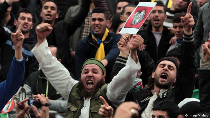 Algerien Algier - Proteste gegen Abdelaziz Bouteflika gegen weitere Amtszeit