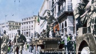 Algerien Algier - Krieg 1962 (Imago/United Archives International)