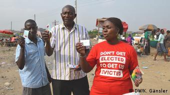 Nigeria Lagos - Wahlkampf: Wählerkarten
