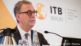 Ο τουριστικός κλάδος αντιμετωπίζει υπαρξιακή κρίση προειδοποιεί ο Νόρμπερτ Φίμπιχ