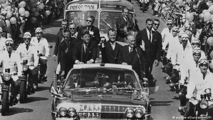 Deutschland John F. Kennedy auf Staatsbesuch in Berlin (picture-alliance/dpa/UPI)