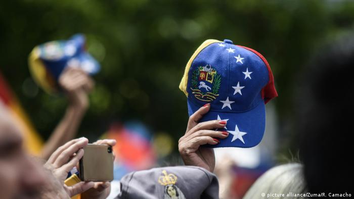 Venezuela l Rückkehr des Interimspräsident Guaidó