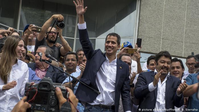 Venezuela l Rückkehr des Interimspräsident Guaidó (picture alliance/NurPhoto/R. B. Sierralta)