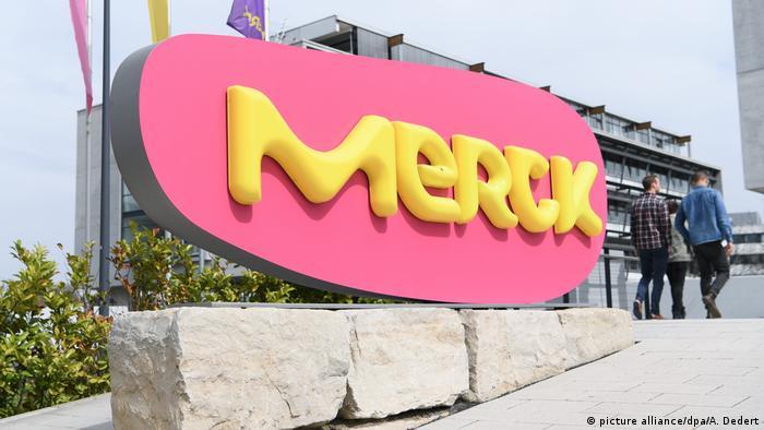 Deutschland Frankreich l Klagen gegen Merck wegen Schilddrüsenmittel zurückgewiesen (picture alliance/dpa/A. Dedert)