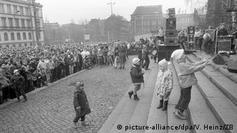 14 Ιανουαρίου 1990: Ειρηνικές πορείες στη Λειψία