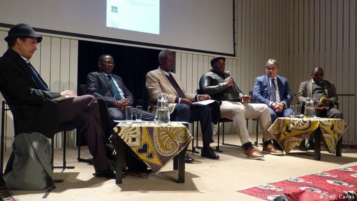 Autarcas no Encontro de Promoção e Desenvolvimento Económico de Moçambique, em Lisboa