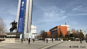 Kosovo Parlamentsgebäude in Pristina (DW/B. Cani)