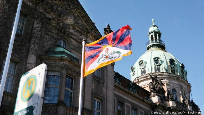 Berlin - Demonstration der Tibet Initiative Germany für Menschenrechte in Tibet (picture-alliance/dpa/N. Bachmann)